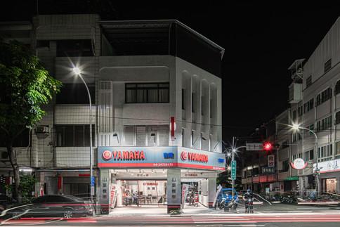 舞夏設計-吉翔機車行-室內設計-商業空間-YAMAHA經銷商 (6).jpg