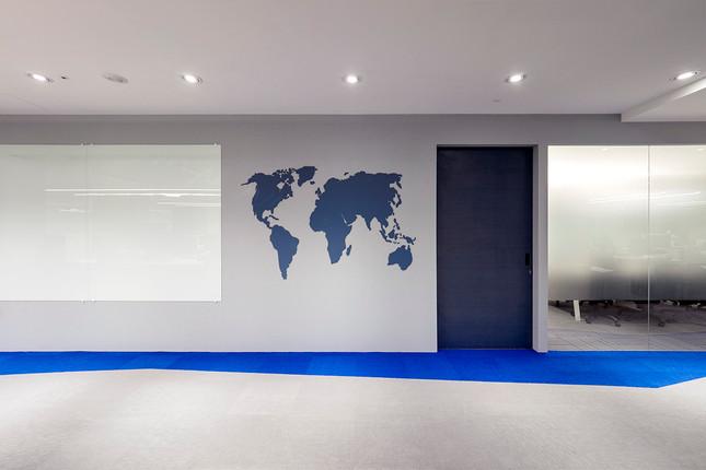 舞夏設計-七期辦公室-親家市政-軟體開發室內設計-吧台空間-創意討論區 (11)