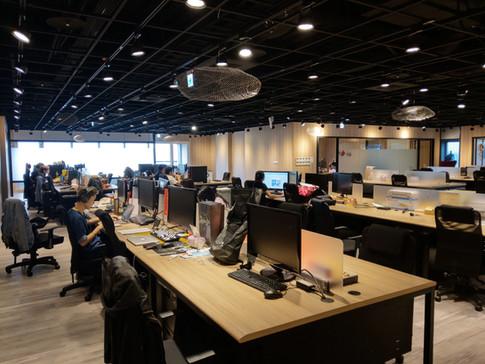 台北信義區松仁路辦公室設計-舞夏設計-商業空間設計-台灣電競TESL (3).j