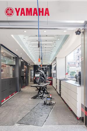 舞夏設計-吉翔機車行-室內設計-商業空間-YAMAHA經銷商 (1).jpg