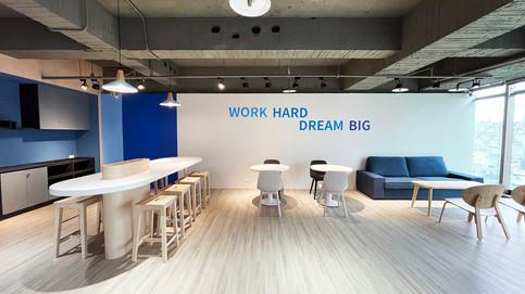 舞夏設計-台中辦公室設計-室內設計-空間設計-緯雲科技 (4).jpg