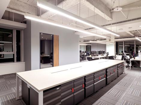 舞夏設計-七期辦公室-親家市政-軟體開發室內設計-吧台空間-創意討論區 (1).