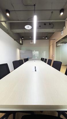 舞夏設計-台中辦公室設計-室內設計-空間設計-緯雲科技 (12).jpg