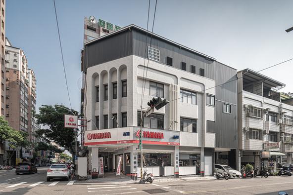舞夏設計-吉翔機車行-室內設計-商業空間-YAMAHA經銷商 (11).jpg