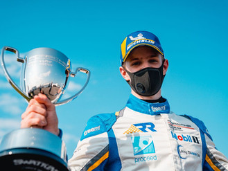 Will Martin Takes First Carrera Cup GB Win From Dramatic Thruxton Weekend