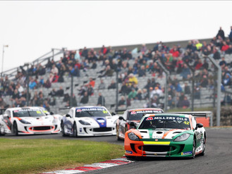 Breakell Racing Fight At The Front In Ginetta GT4 SuperCup At Brands Hatch