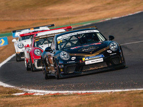 Redline Racing Endure Difficult Brands Hatch Weekend In Carrera Cup GB