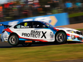 Tom Oliphant Stays With Team BMW For 2020 BTCC