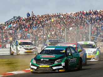 Oliphant Completes Maiden BTCC Campaign With Battling Brands Hatch Display