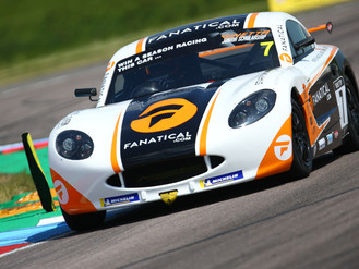 Johnson Fights Through To Top Five Finish At Thruxton