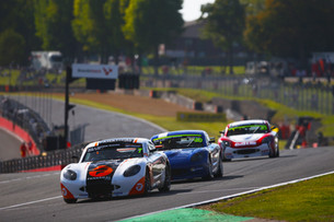 Johnson Ends Ginetta Junior Career With Battling Brands Hatch Display