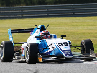 Douglas Motorsport Rookies Shine At Soggy Snetterton