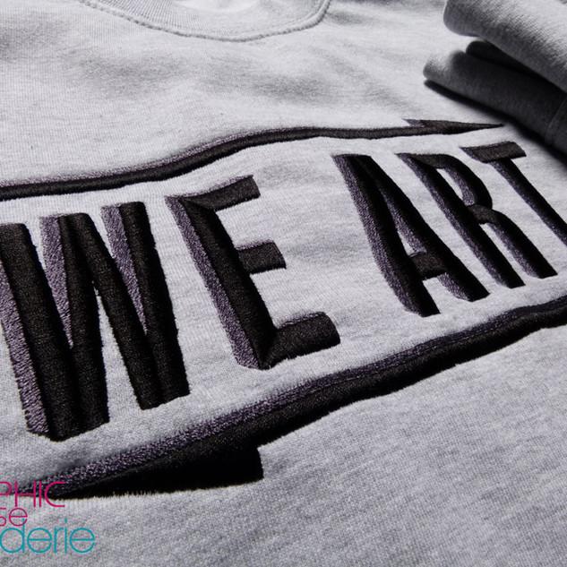 Broderie-sur-sweat---WE-ART-02.jpg