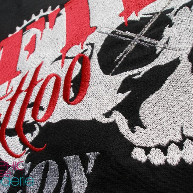Broderie-sweat-shirt-pour-FTP-tattoo-sho