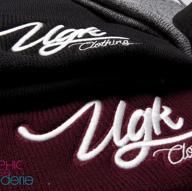 Broderie-sur-bonnet-a-revers---UGK-Cloth