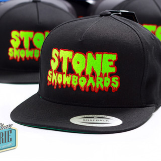 Casquette-snapback-Stone-zombie-snowboar
