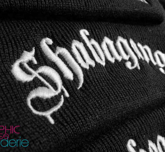 Broderie-sur-bonnets-hiphop-Shabagang-01
