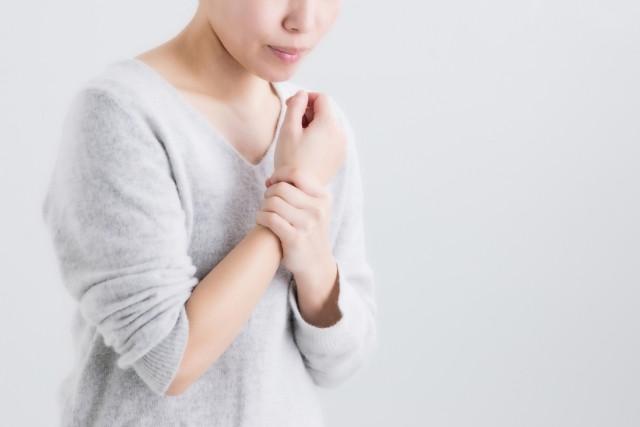 手首の痛み 関節痛