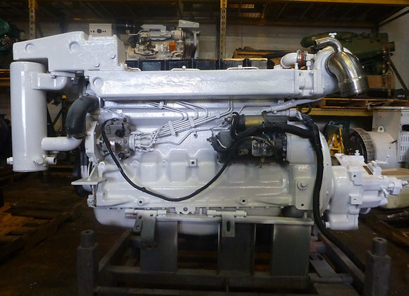 John Deere 6068TFM Marine Diesel engine rated 220 HP /Transmission 2.5:1