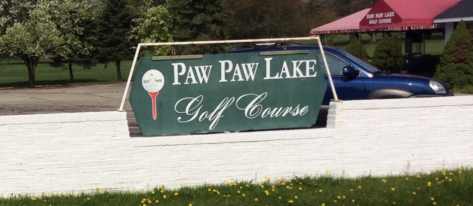 Come for a round of golf on the lake in Watervliet, MI