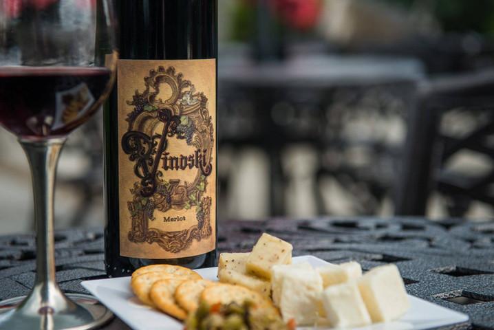 Vinoski Winery