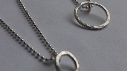 10mm Silver open circle on necklace