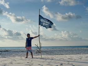 Corona vai parar sua equipe de vendas por um dia para ajudar a limpar as praias atingidas pelo óleo