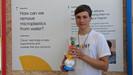 Adolescente irlandês ganha prêmio de ciência global pela criação de projeto que remove microplástico
