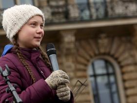 Sueca de 16 anos é indicada ao Nobel por 'greve climática'