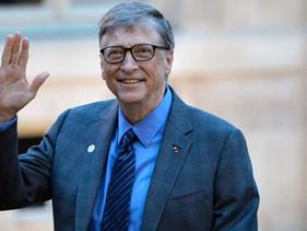 Bill Gates está investindo bilhões financiando fábricas para produzir 7 potenciais vacinas contra o