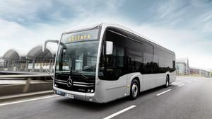 Mercedes anuncia produção de ônibus elétricos no Brasil com tecnologia nacional