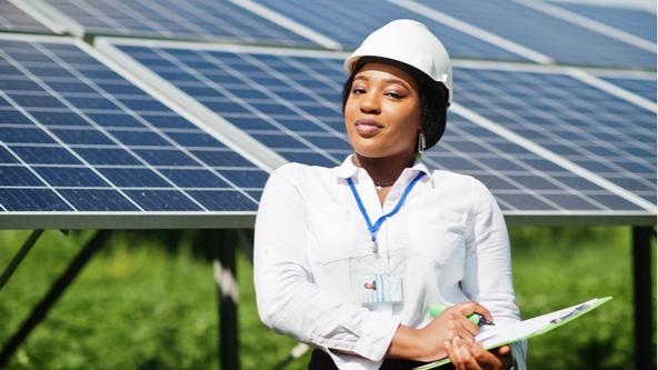 Campanha incentiva jovens brasileiras para trabalhar com energia solar e tem destaque internacional