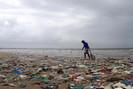 Índia vai proibir seis tipos de produtos plásticos descartáveis em 2 de outubro