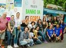 """Projeto """"Banho da Alegria"""" dá ducha de dignidade para moradores de rua no Rio de Janeiro"""