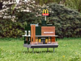 McDonald's abre restaurante em miniatura que serve de colméia para as abelhas