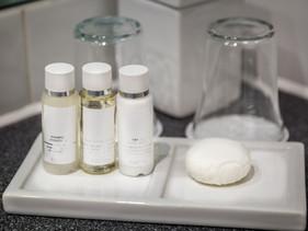 Califórnia proíbe cortesia de xampu e sabonete em hotéis para reduzir plástico