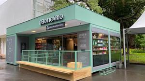 O Boticário inaugura loja 'sustentável'no Ibirapuera feita de 3 toneladas de plástico reciclado