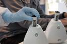 Startup brasileira desenvolve aparelho que diagnostica coronavírus em 15 minutos