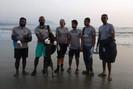 Seis mergulhadores já removeram 4.000 kg de plástico do mar em Andhra Pradesh, um estado da Índia