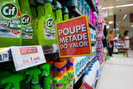Unilever vai investir 1 bilhão de euros para eliminar combustíveis fósseis de seus produtos de limpe