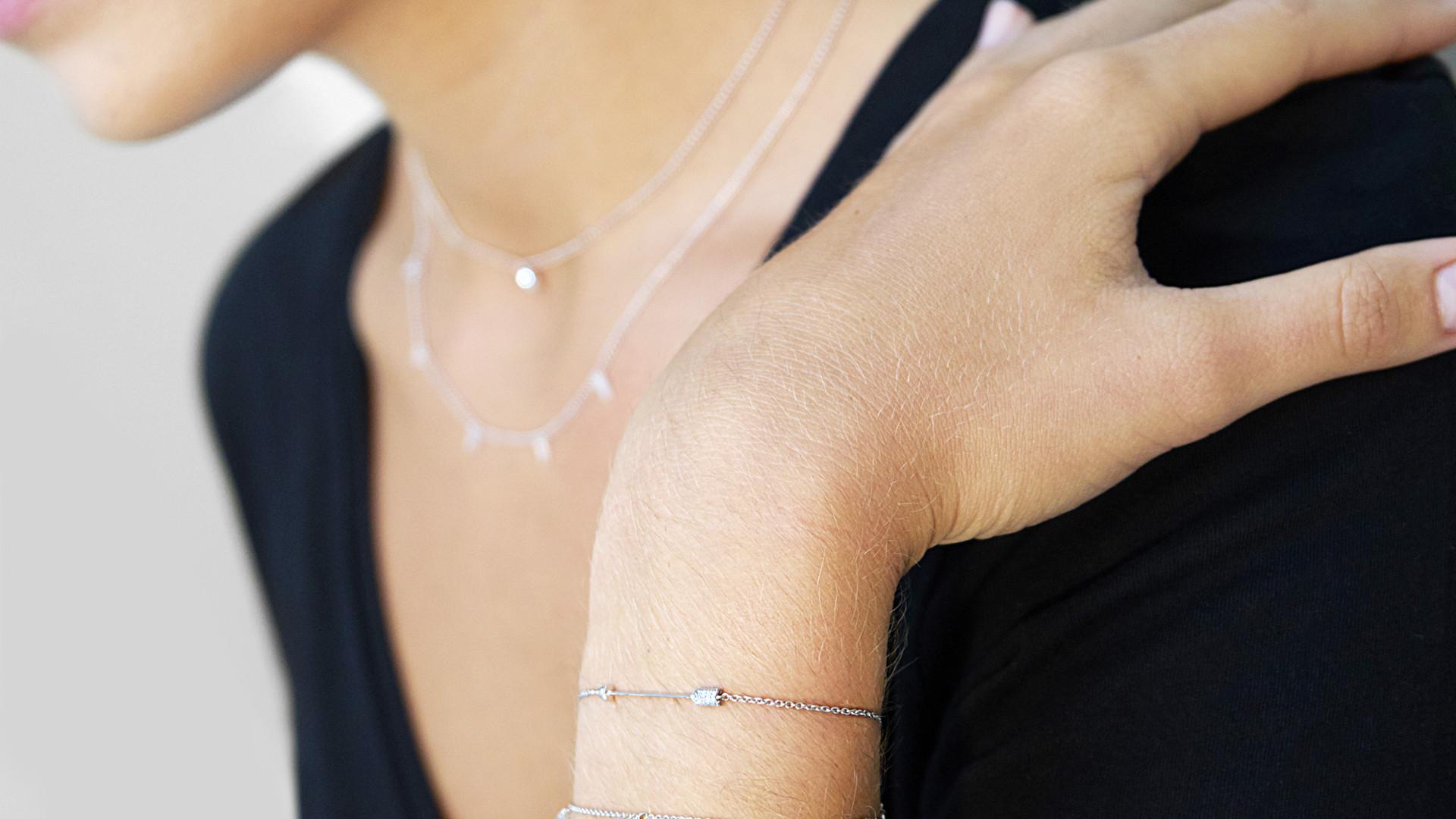 Main, Certus bracelet, Candor bracelet a