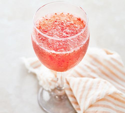 Strawberry Rose Frose
