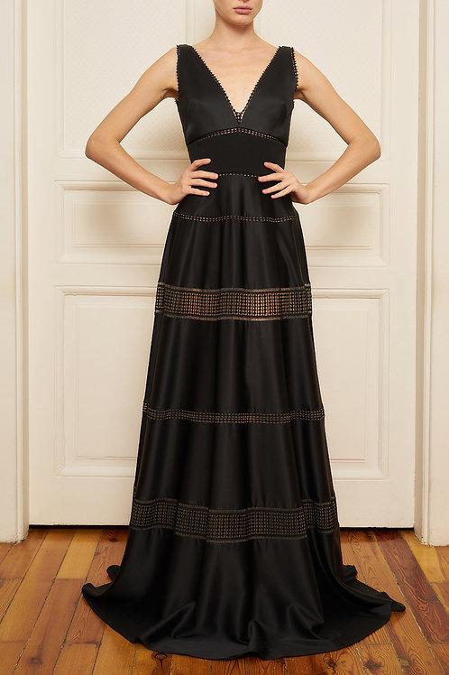 elbise kiralama nisantasi