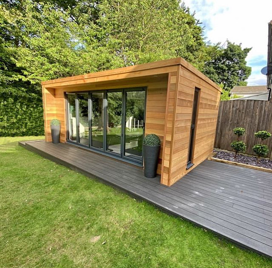 Garden Room in Whitefield