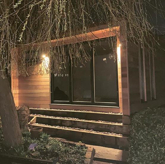 Garden Studio. Altrincham, Manchester