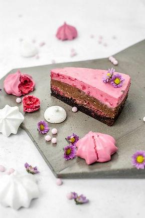 málna-csoki-mousse-torta-16-szeletes.jpg