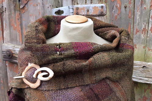 Deep heather ~Shetland Wool