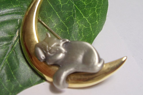 """Vintage Pin """"Cat on the Moon"""""""