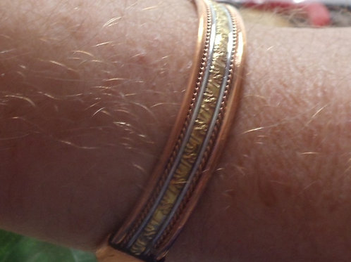 Bracelet for Men Consists of Copper, Silver, and Gold Wire