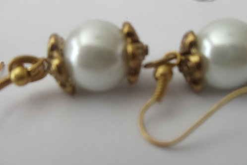 "Vintage Earrings ""Elegant Gold and Pearls"""